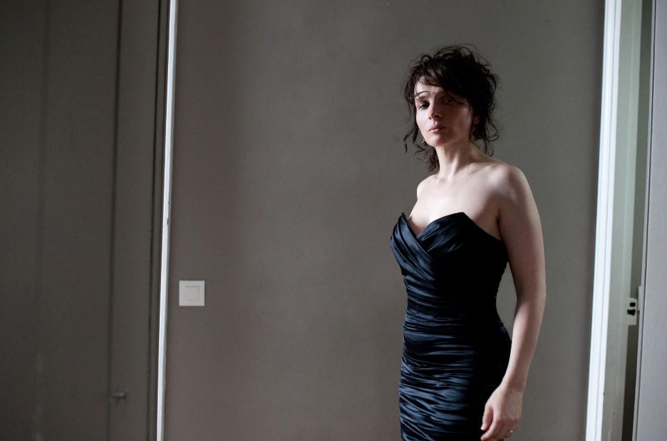 Сексуальное пробуждение замужней парижанки смотреть бесплатно фильм